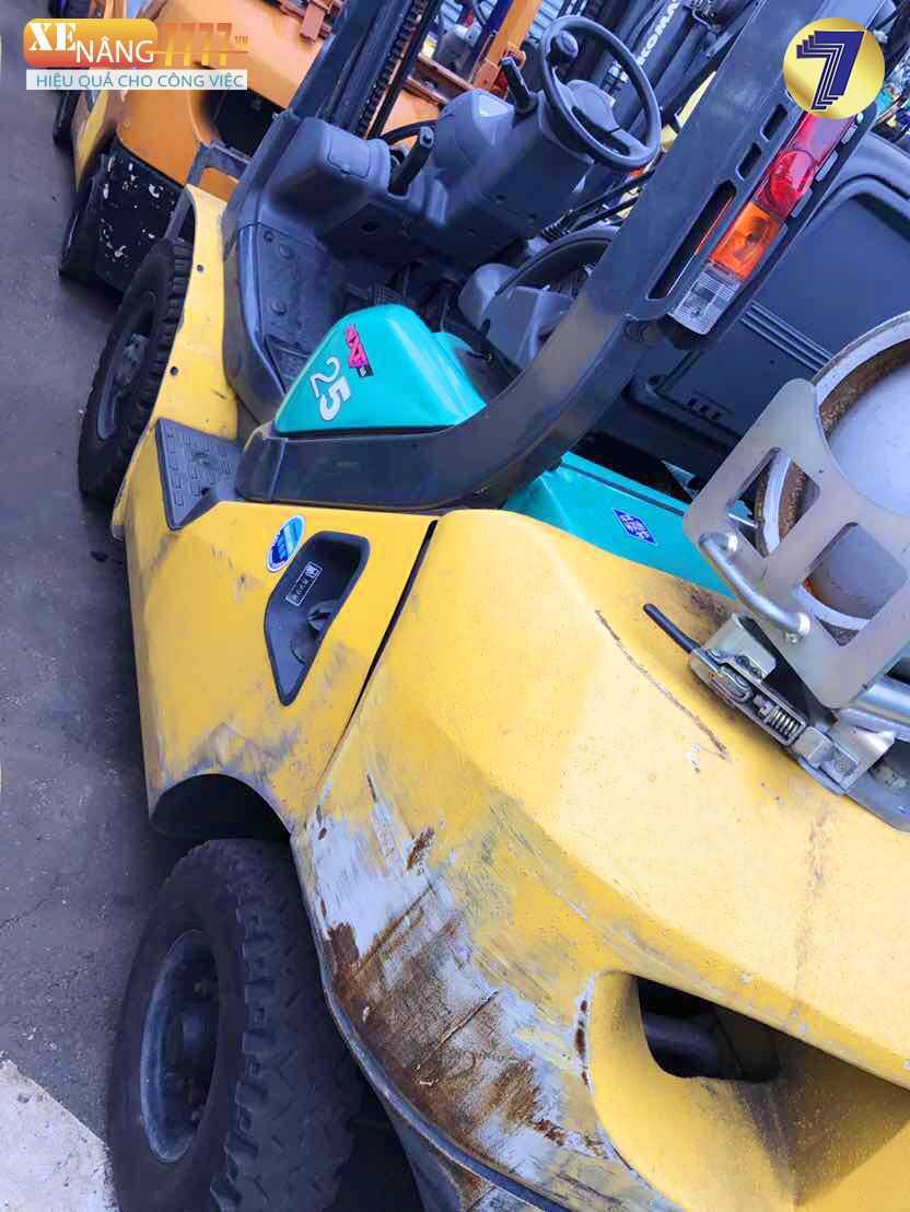 xe nâng xăng gas komatsu FG25T-16