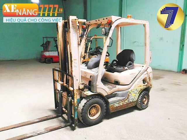 Xe nâng dầu komatsu 1.5 tấn chiều cao nâng 3000mm,